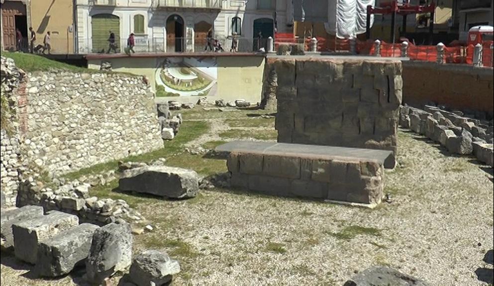Teramo, polemiche sui mancati fondi al Teatro Romano