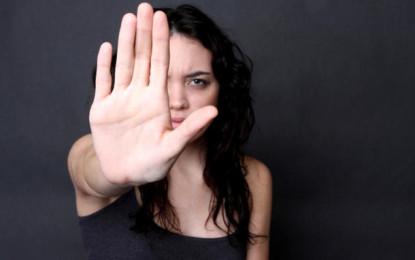 Giulianova, aggredisce moglie incinta: arrestato