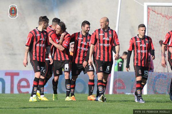 Serie B – Livorno Lanciano, rossoneri ai playout.