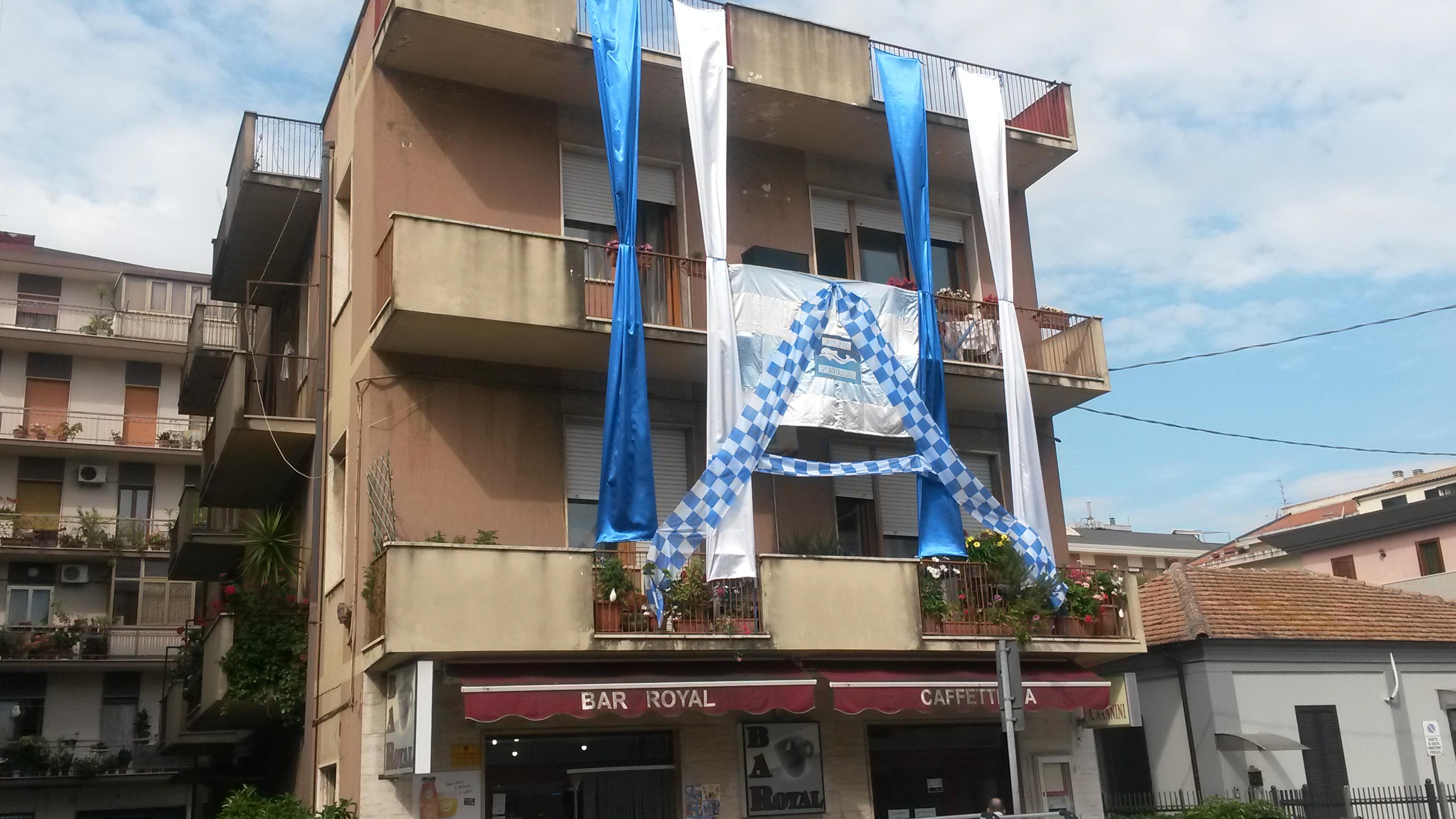 Pescara: la città si colora di Biancazzurro