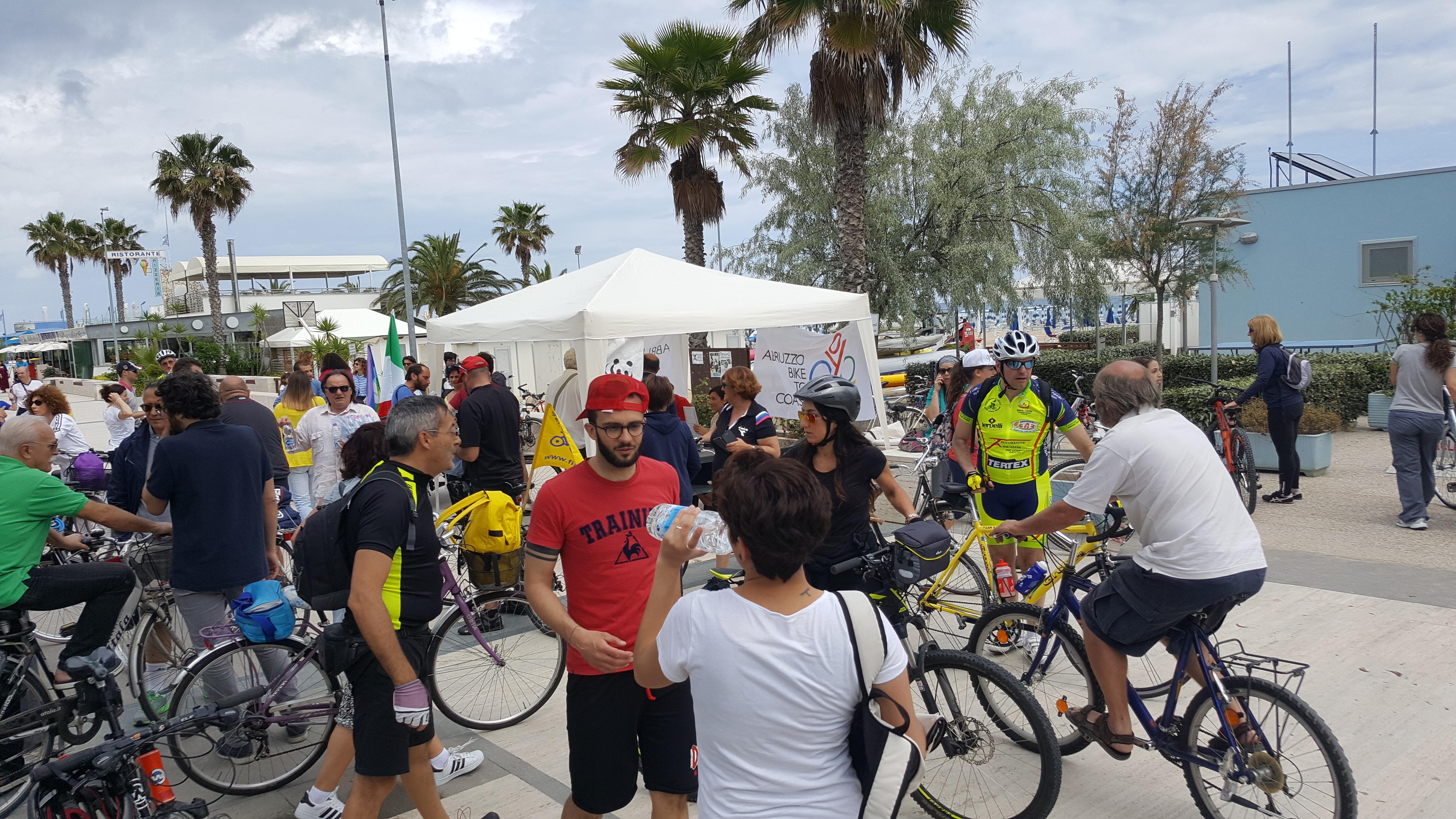 Roseto degli Abruzzi: successo per la biciclettata