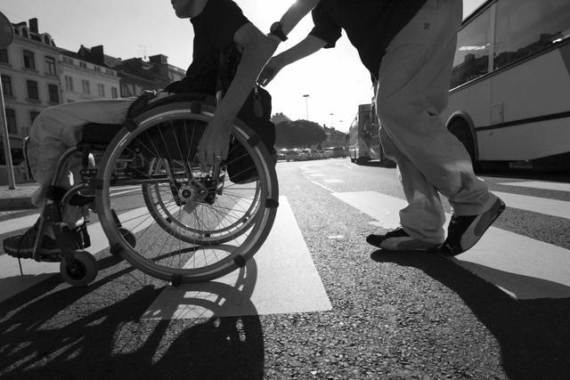 Roseto degli Abruzzi: Rotary dona carrozzine all'Unitalsi