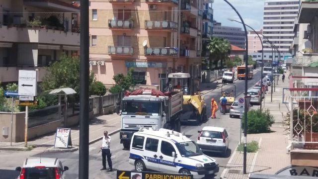 Pescara, Via Bardet chiusa per lavori, traffico in tilt a Portanuova