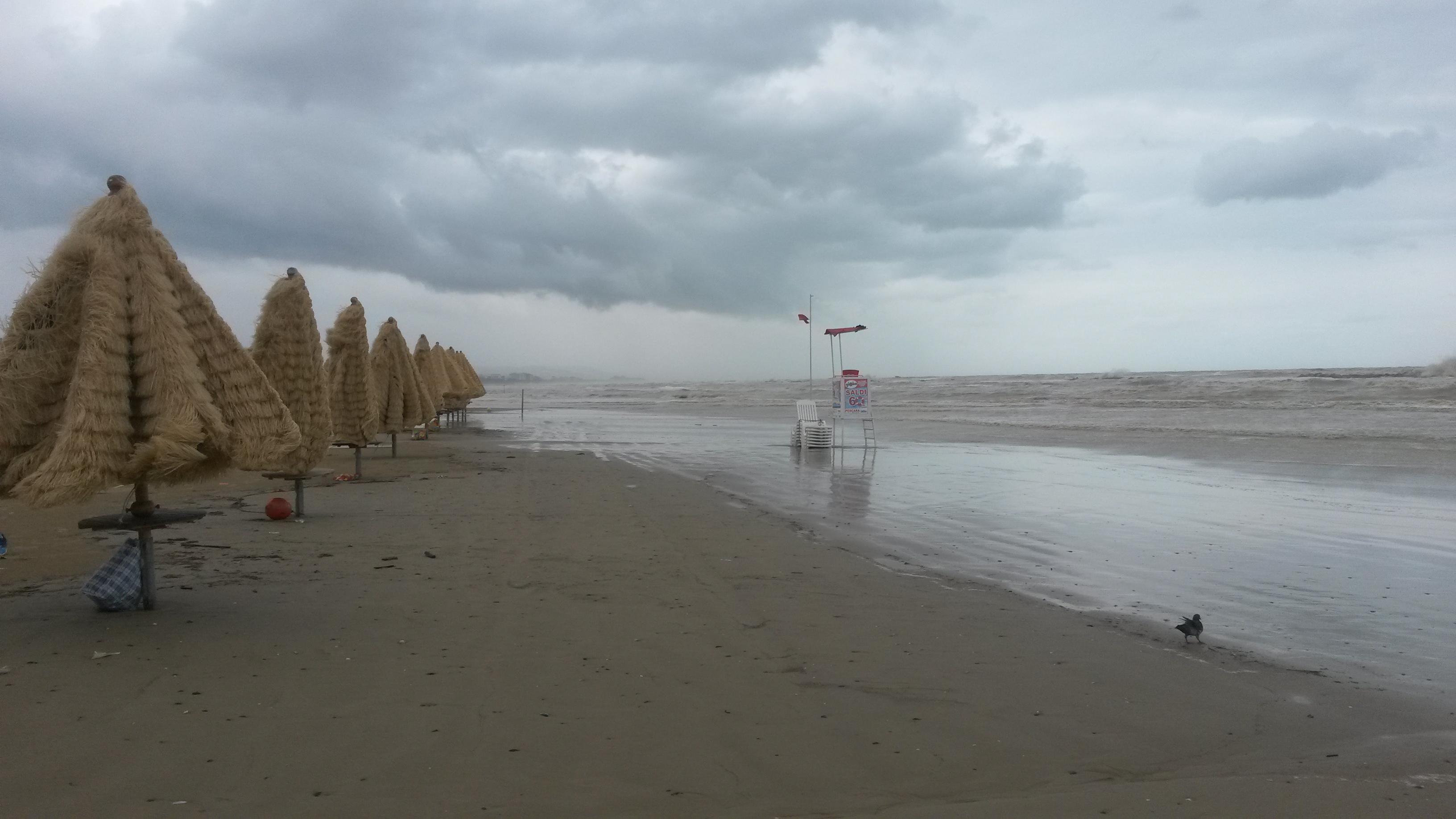 Pescara: dopo bomba d'acqua esplode polemica