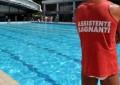 Muore mentre nuota in piscina a Francavilla
