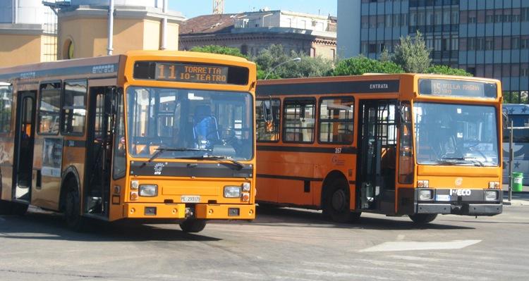 Pescara, rissa sul bus della linea 38