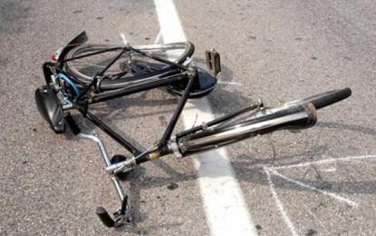 Avezzano, extracomunitario investito in bici