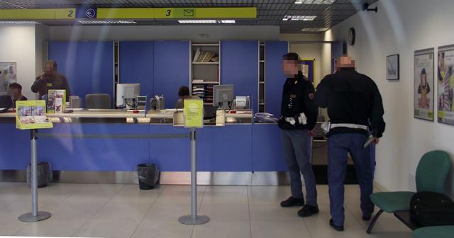 Pescara, arrestato il rapinatore delle Poste