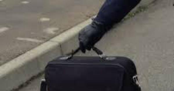L'Aquila: valigia sospetta, arrivano gli artificieri