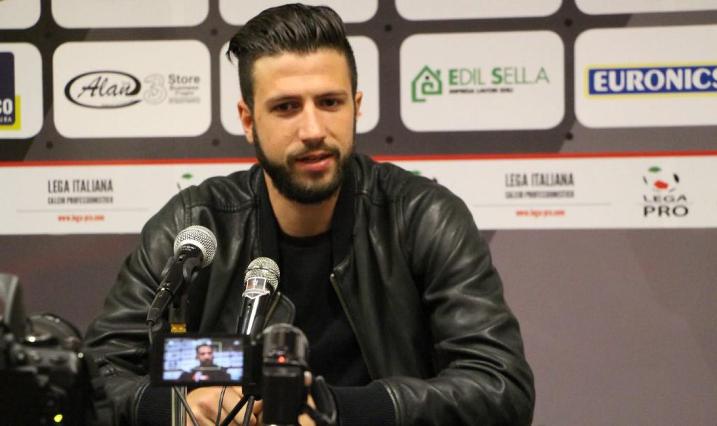 Pescara calcio, nuovo assalto a Iemmello