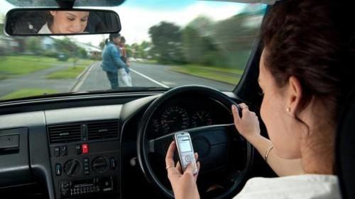 I rischi dell'uso scorretto del telefonino in Abruzzo