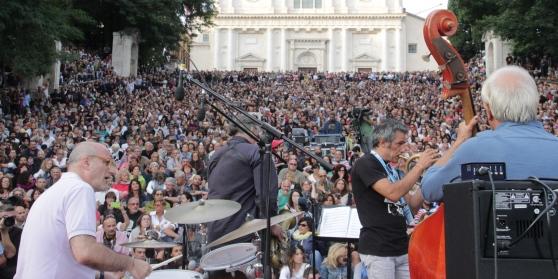 """Terremoto: """"Jazz per il centro Italia"""" a L'Aquila"""