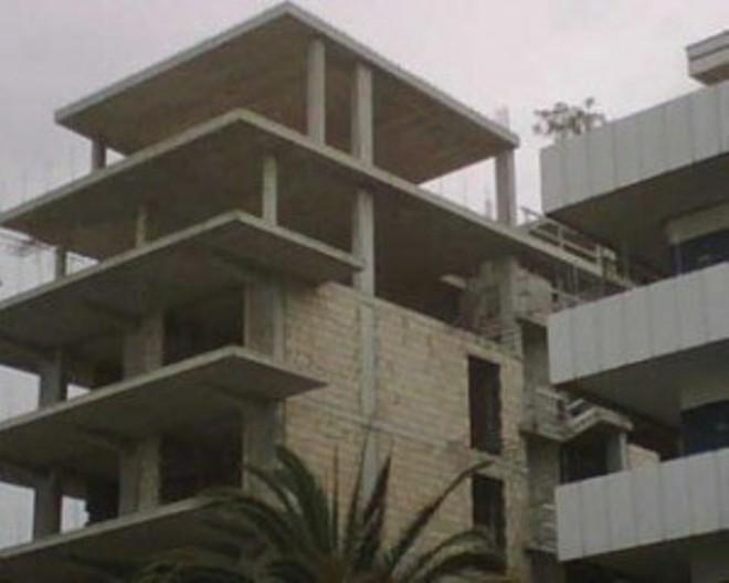Pescara: palazzo Michelangelo sarà rifatto senza un piano