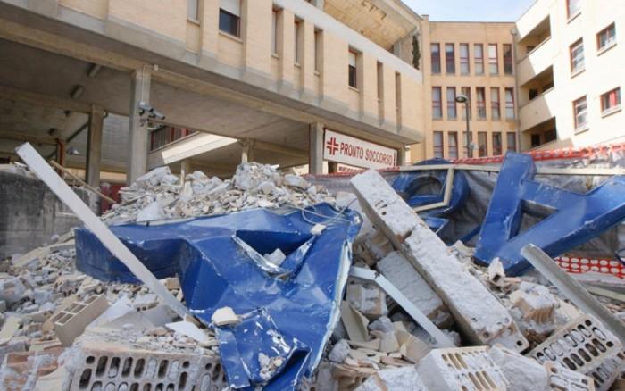 Ospedale L'Aquila: nel sisma 2009 il crollo, oggi l'accoglienza