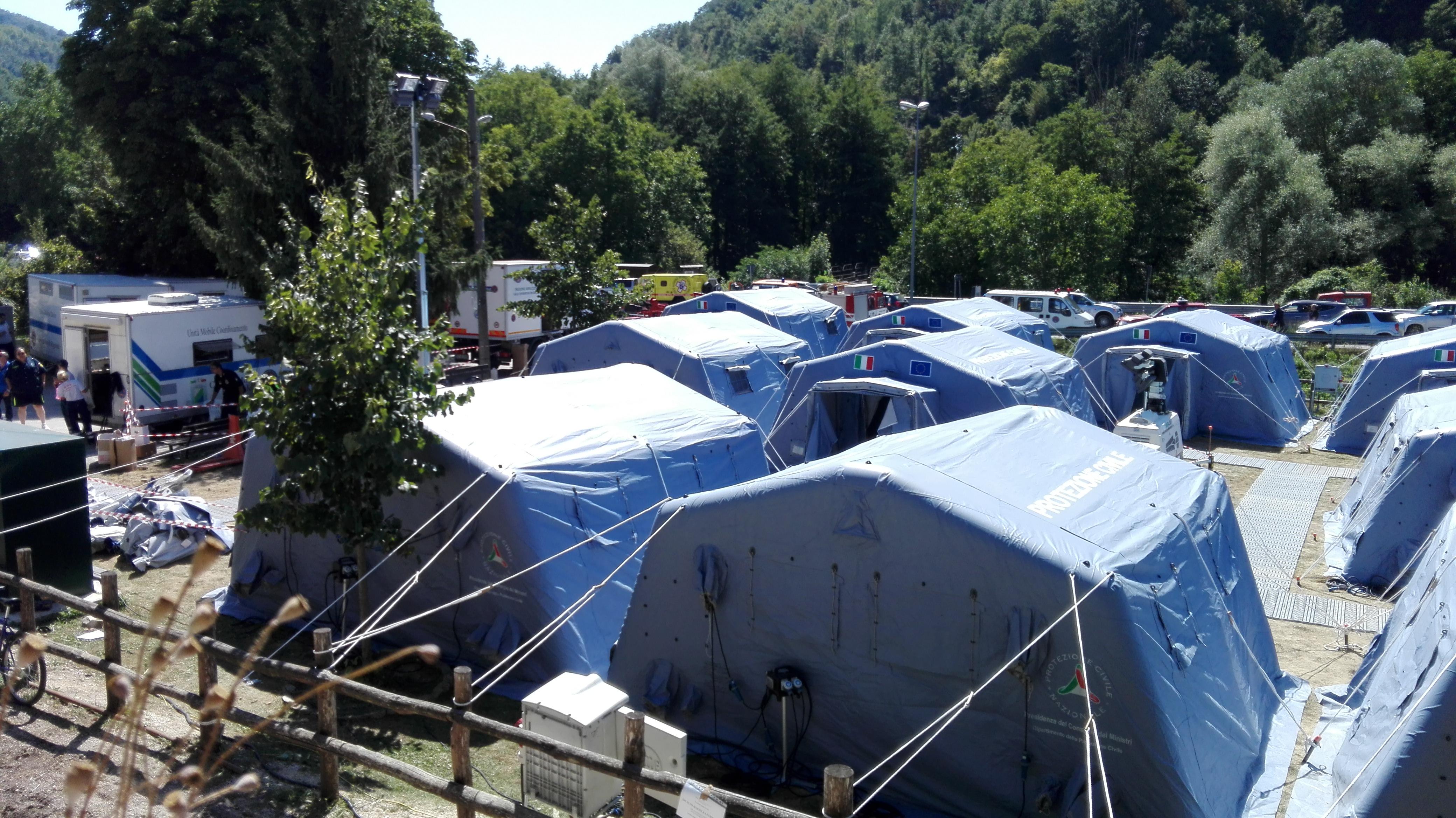 Accumoli, terremoto: nelle tendopoli ci si prepara al maltempo
