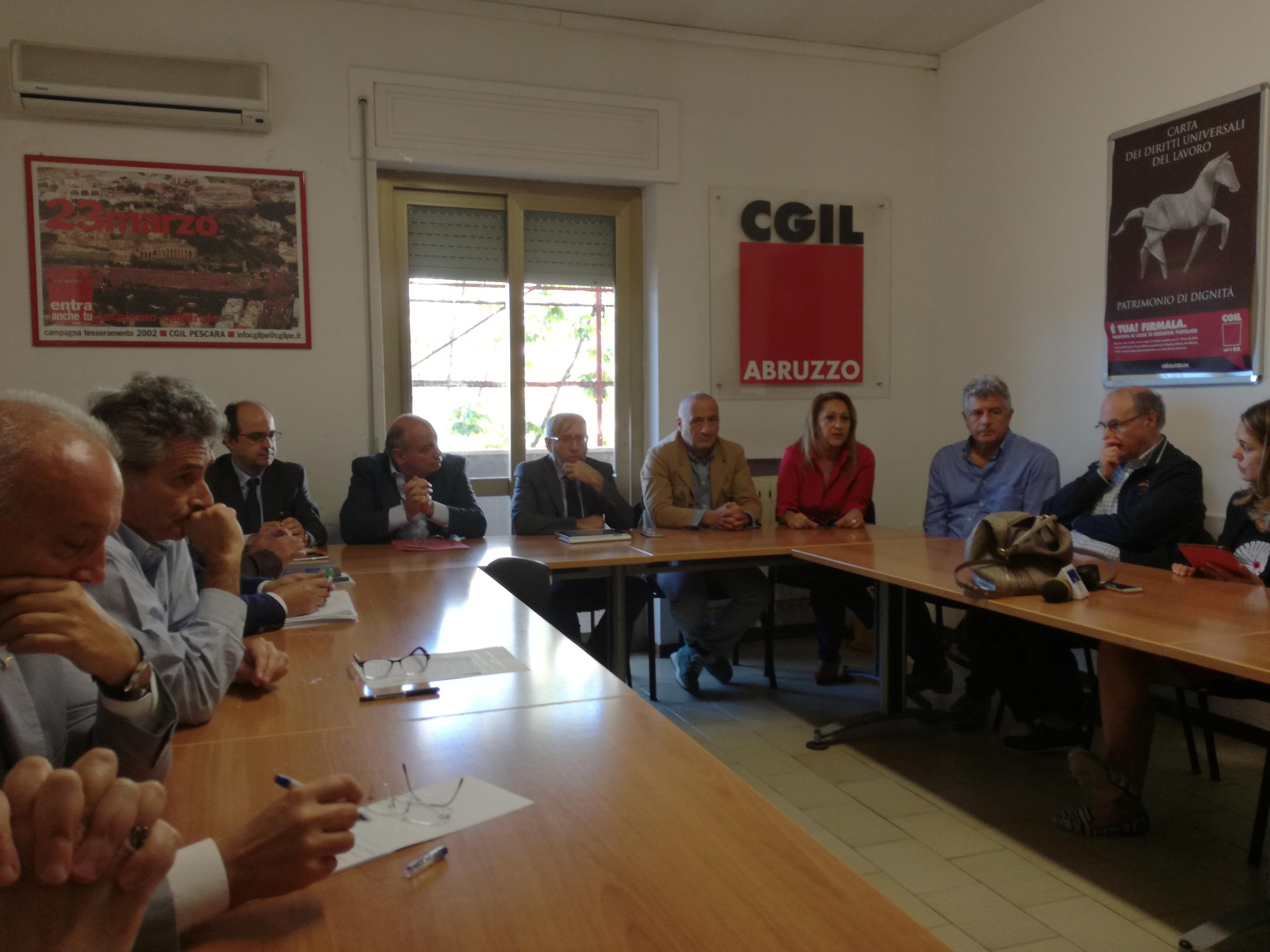 Banche Abruzzo: Carichieti, slitta la vendita