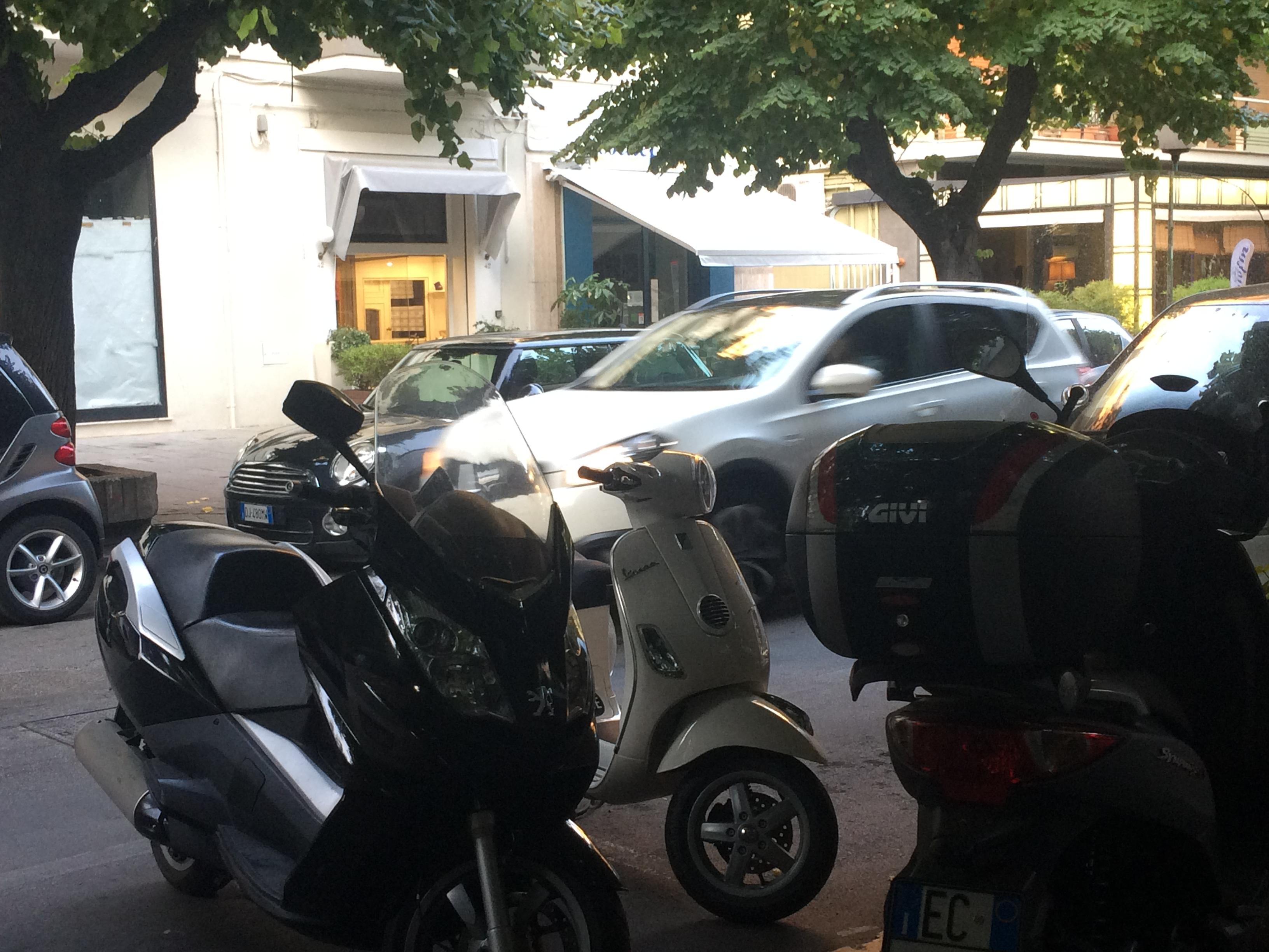 Pescara, la guerra dei parcheggi