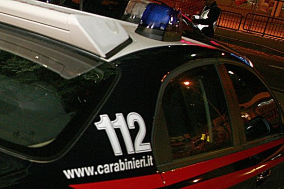 Mozzagrogna: minaccia la vicina e spara ai carabinieri