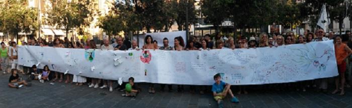 Pescara: flash mob contro taglio alberi