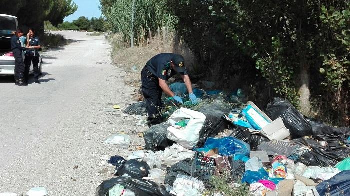Giulianova: cassonetti condomini, controlli dei Vigili