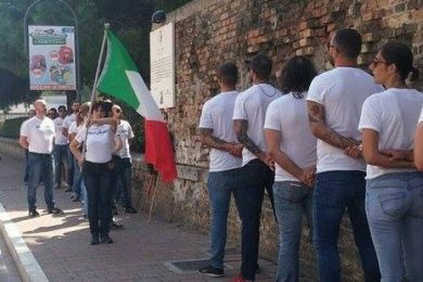 Pescara, corona estrema destra vittime bombardamenti