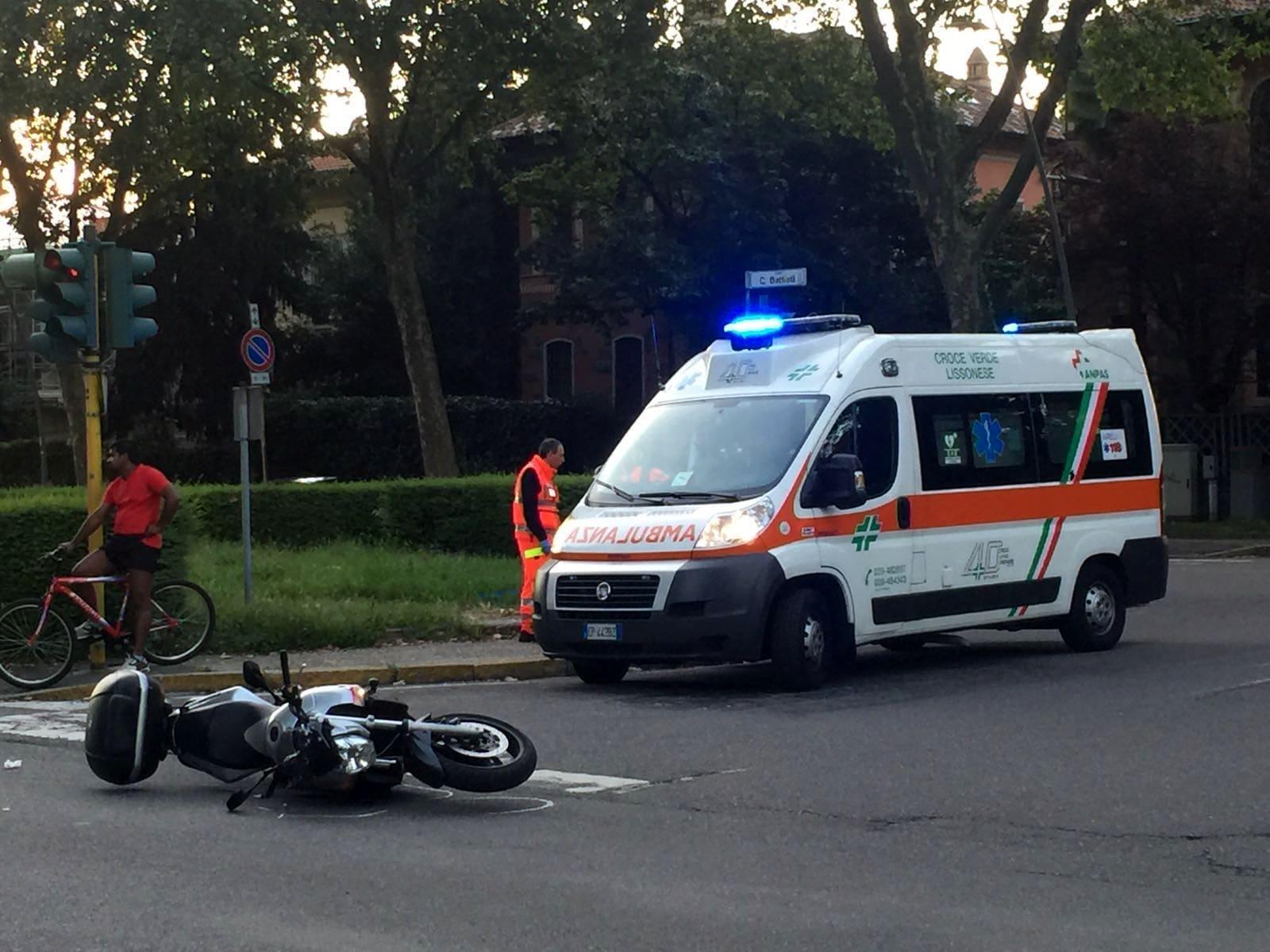 Orsogna, motociclista contro un furgone