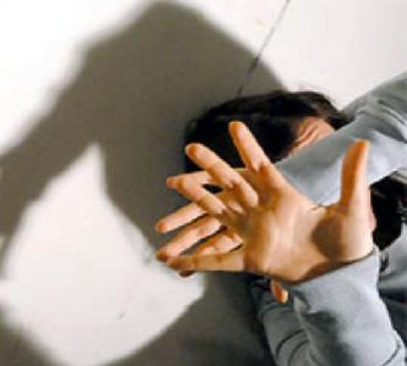 L'Aquila: Molestava minori, arrestato 38enne