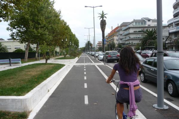Pescara: stop ai ciclisti indisciplinati