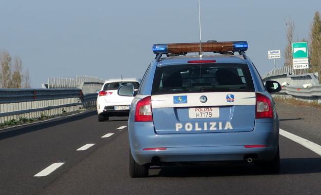 Contromano in autostrada A14, bloccato a Vasto Sud