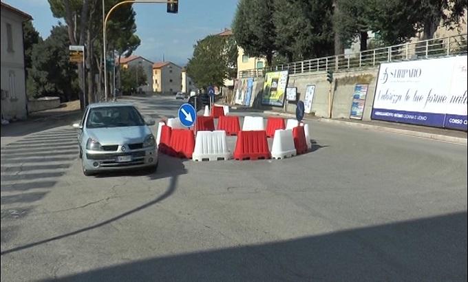 Teramo: caos traffico, rotonde assolte dal comune