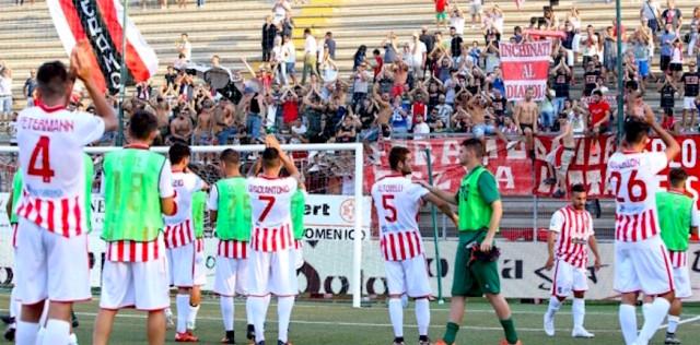 Lega Pro – Teramo Modena, gioiscono i canarini