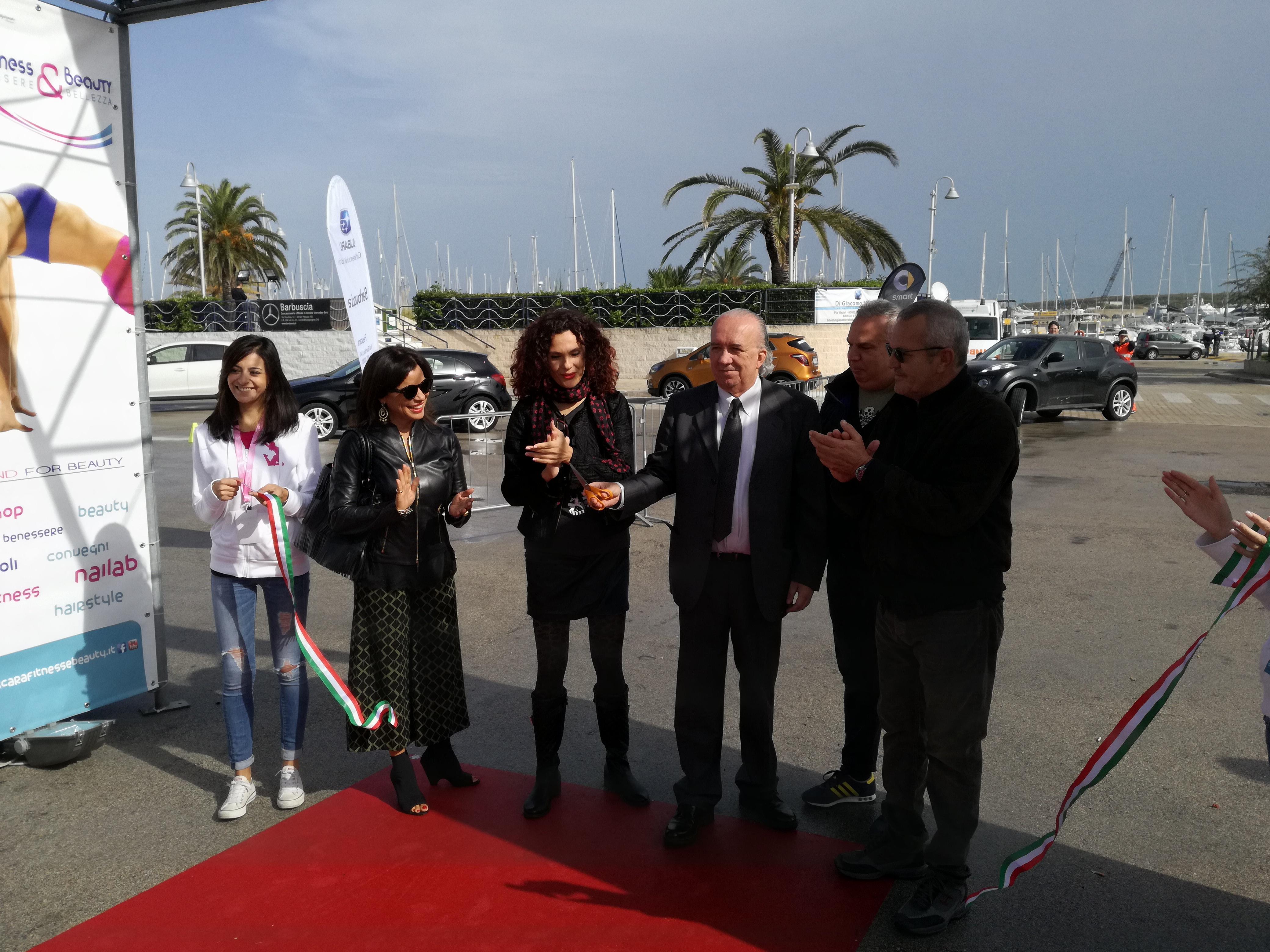 Pescara Fitness & Beauty, taglio del nastro al Marina