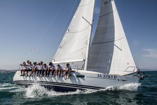 Campionato di vela a Pescara: le Femmes Fatales danno spettacolo