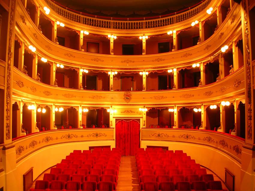 La nuova stagione di prosa al teatro di Atri