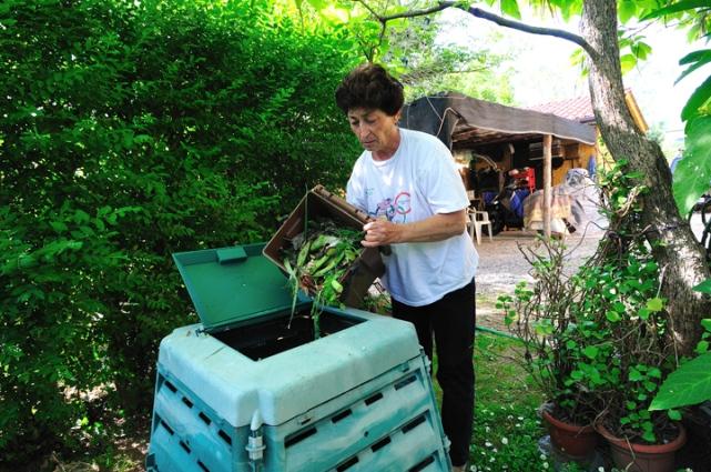 Autocompostaggio, in Abruzzo contributi ai Comuni
