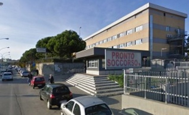 Portiere accoltellato al pronto soccorso di Pescara