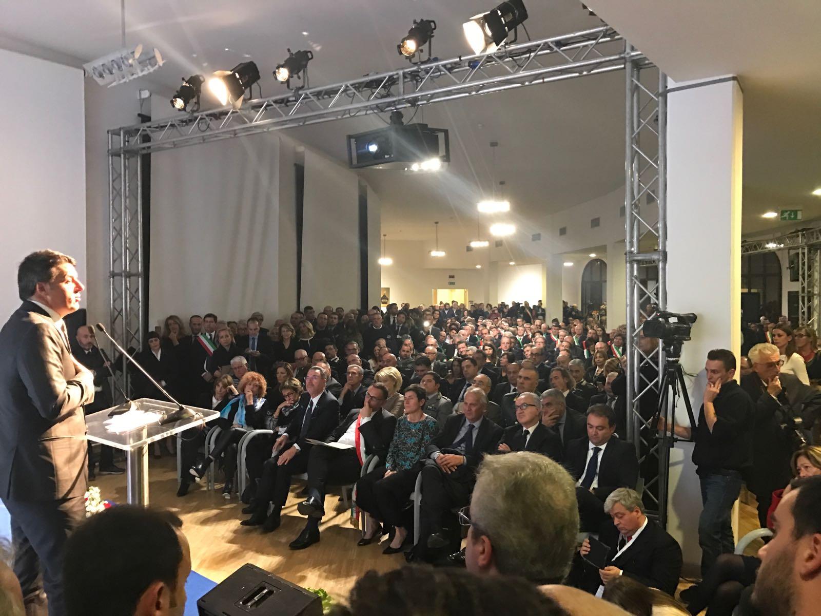 Edilizia scolastica, Renzi ribadisce: spese fuori dal Patto di stabilità