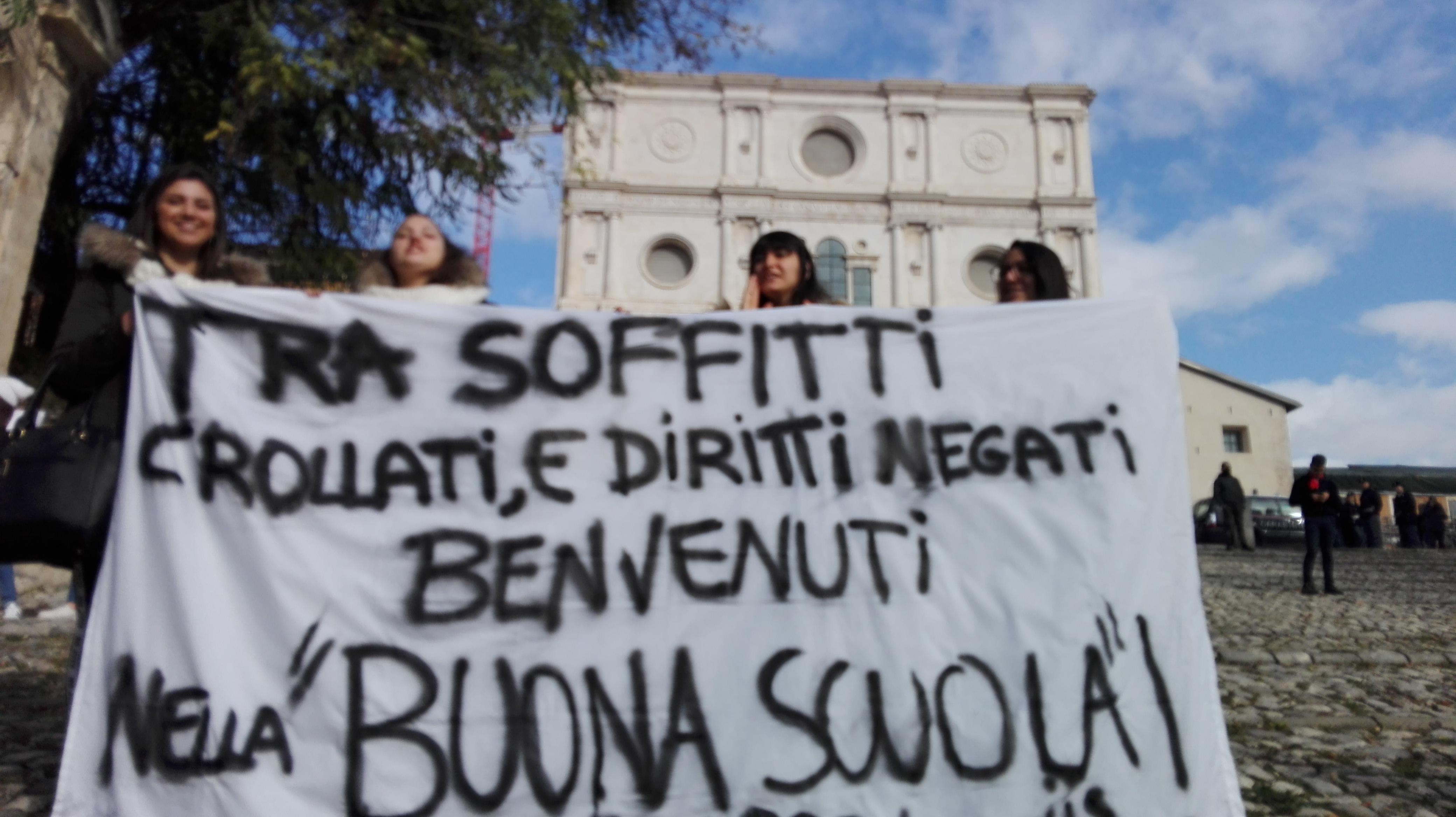 In piazza con gli studenti se il Governo non risponde