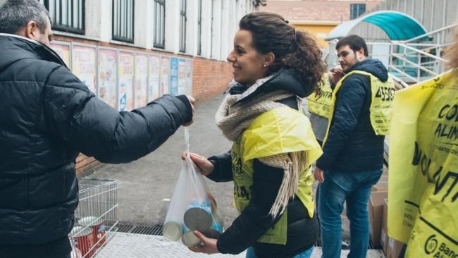 Cinque tonnellate di alimenti donate in un giorno