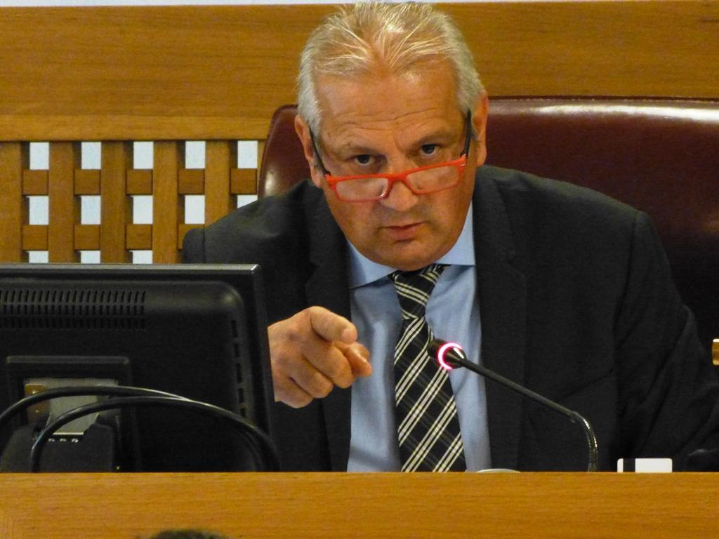 Abruzzo: troppe leggi, si deve semplificare