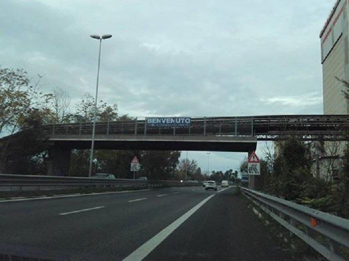 striscione-renzi1