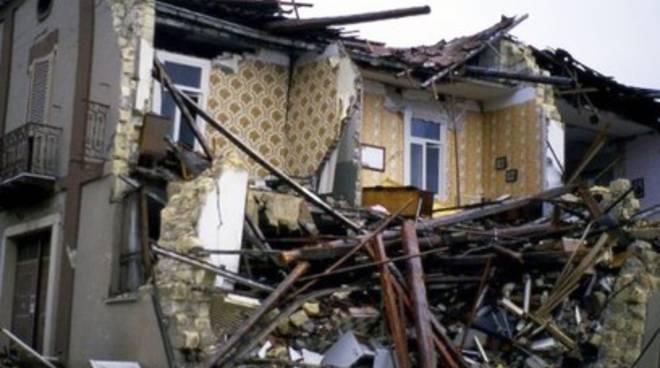 Terremoto: lo Stato risarcisce gli orfani