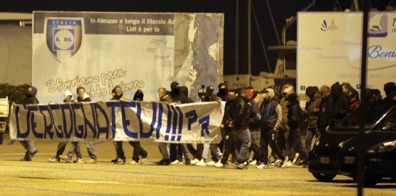 Pescara calcio, i tifosi contestano aspramente