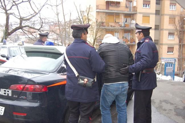 """Stalking a Giulianova: arrestato """"l'americano"""""""