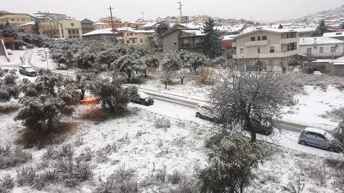 "Neve San Salvo: Magnacca ""danni ingenti all'agricoltura"""