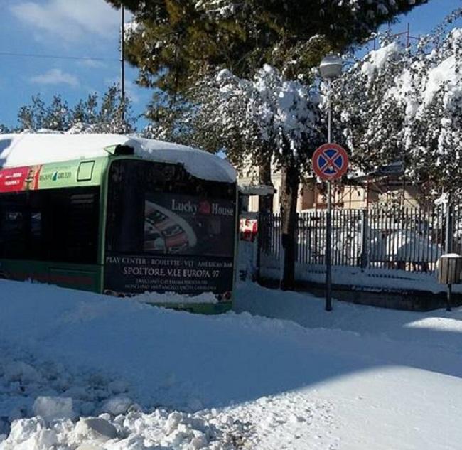 autobus-pianella-neve1