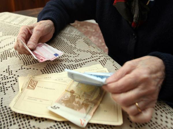 Tortoreto: anziano raggirato, donna denunciata