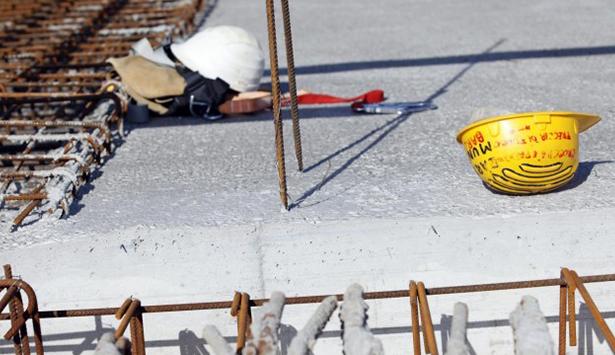 Penne: cade sul lavoro, grave giovane operaio