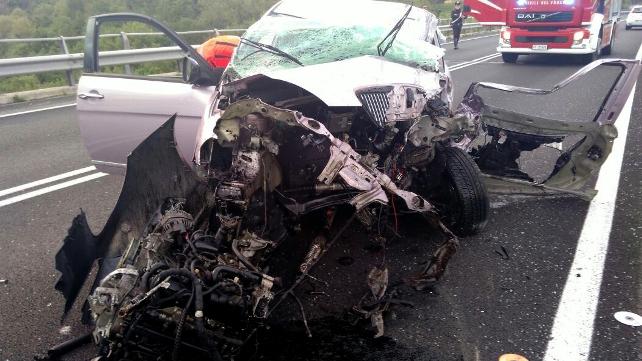 Avezzano, auto contro furgone: muore ragazza di 30 anni