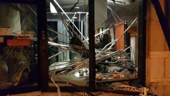 Bancomat esplosi a Castel Frentano e Frisa: ladri filmati